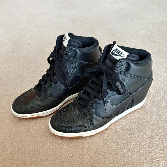 adf103cdd81a Nike Dunk Sky Hi Wedge Sneakers. M 5c648b828ad2f99480d8e02e